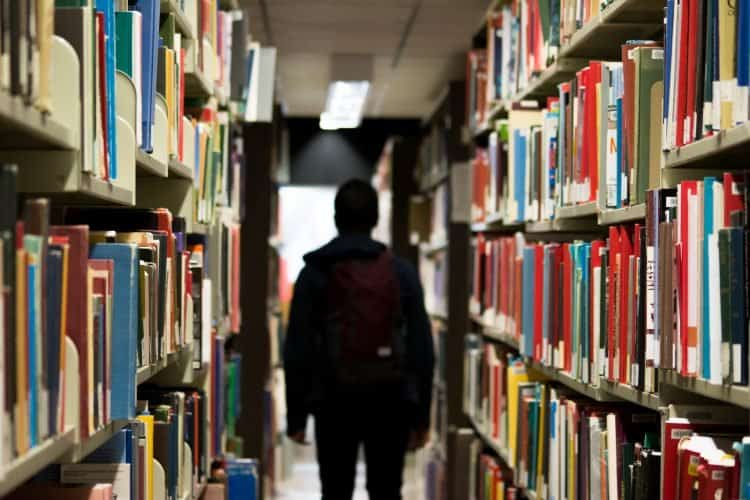 international studies scholarships