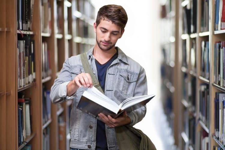 language scholarships for undergraduates